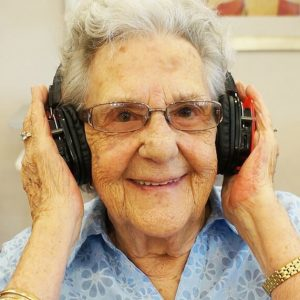 Aged care silent headphones