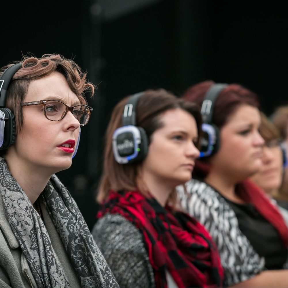 Silent conference headphones